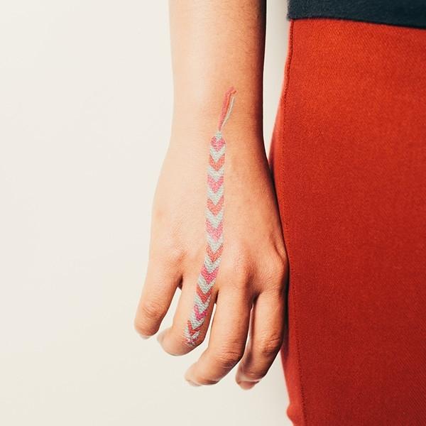 Tresse-brésilienne-bracelet-tatouage