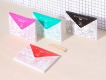 cartes-postales-coloriage-paris-omy