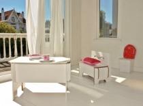 Bureau-blanc-design-epure-chambre-enfant