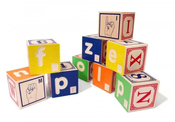 Cubes alphabet en braille et langage des signes - Jouet alphabet ...