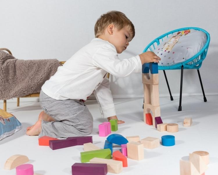 cube-construction-bois-couleur