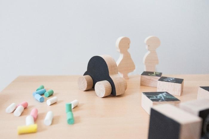 Figurine-jouet-bois-pauletteetsacha