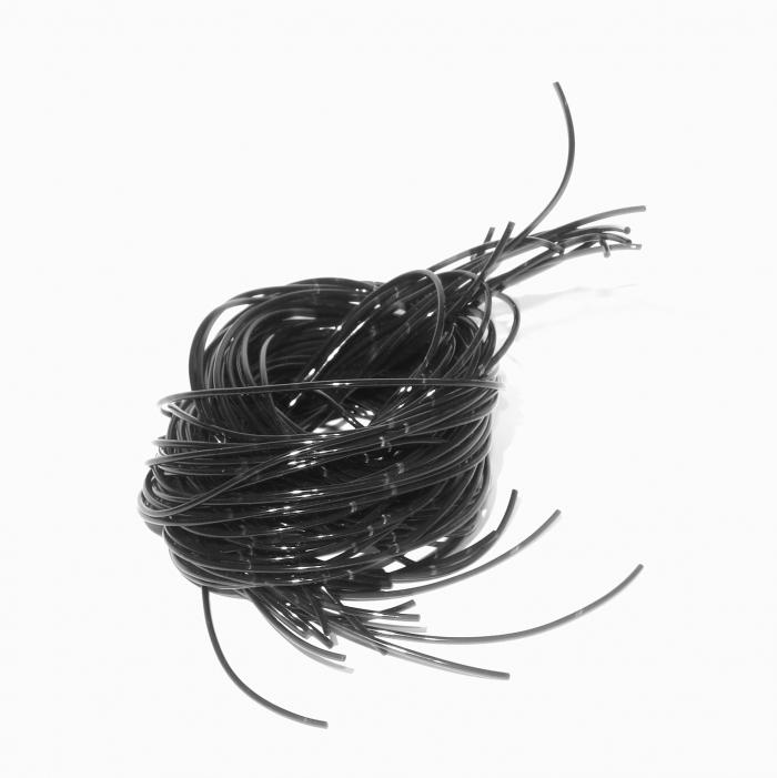 Fil-scoubidou-noir