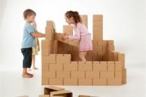 Cabane-jeu-carton-bloc-construction