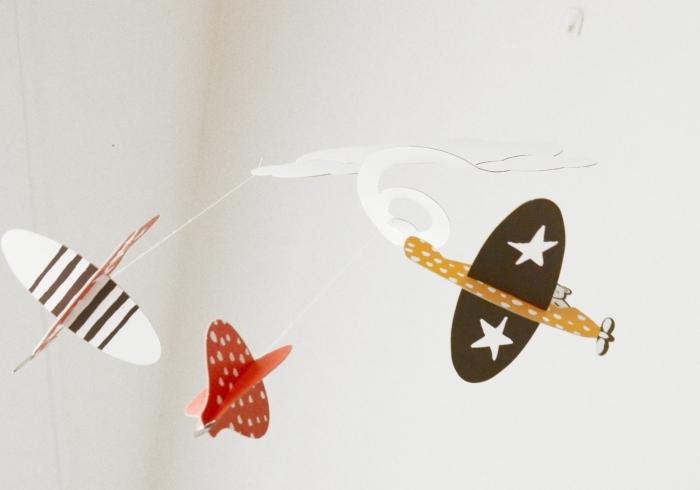 Mobile-carton-wee-gallery-avion-montgolfière