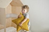 lit-cabane-enfant-en-bois