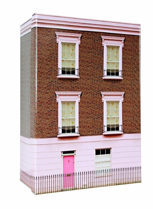 Joli-coffret-maison-de-poupée-londonnienne
