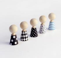 Robe-papier-poupee-bois-design
