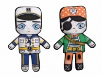 Villa-carton-poupee-filpdoll-capitaine-pirate