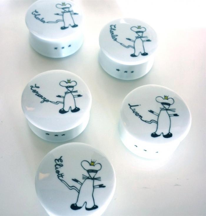 boite-a-dent-garcon-porcelaine-personnalisable-prenom