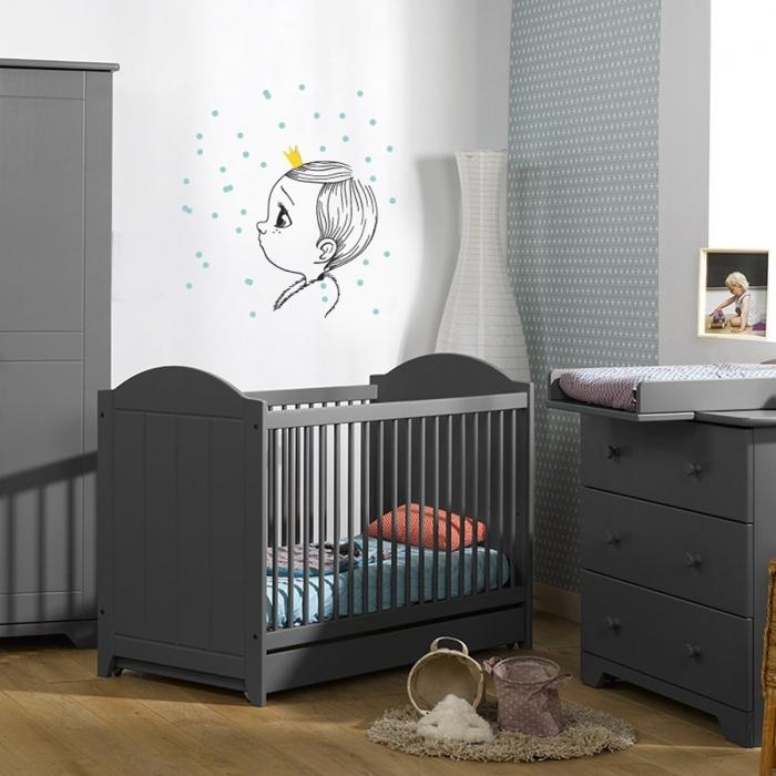 sticker-mural-tons-gris-bleu-jaune-chambre-bebe