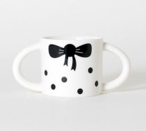 wee-gallery-tasse-fille-black-and-white