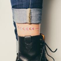 Tatouage-ephemere-bracelet-amitie-cheville