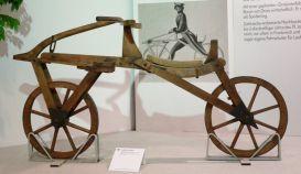 le-velocipede-ancetre-de-la-draisienne