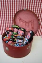 Idee-coloriage-poupees-flipdoll-villa-carton