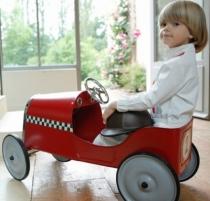 voiture-rouge-porteur-metal-rouge