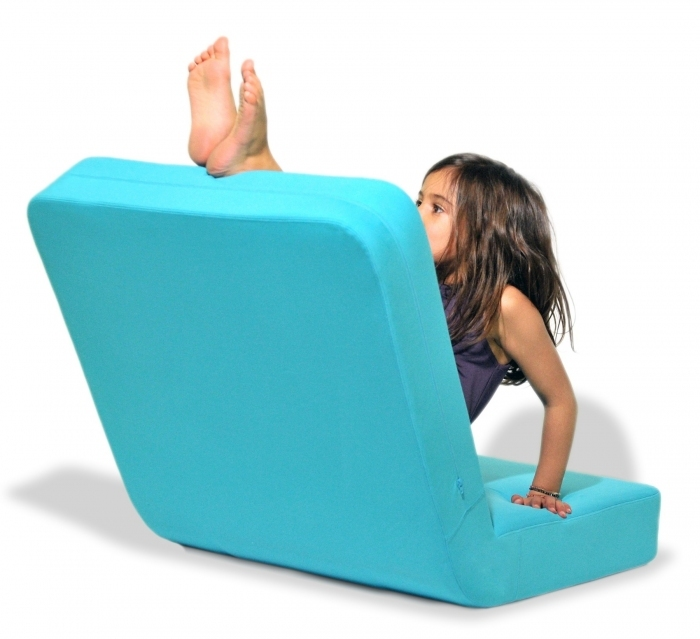 Fauteuil-domino-design-enfant-turquoise-younow