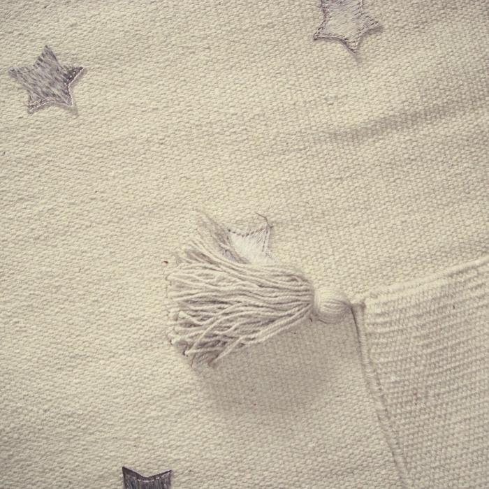 artforkids-tapis-broderie-detail