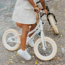 draisienne-pour-enfant-blanche-motif-multicolore