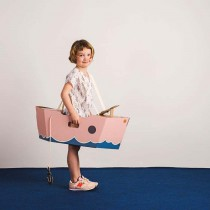 bateau-jouet-deguisement-rose