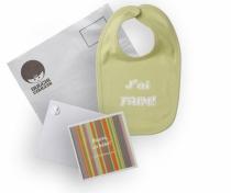Bavoir-vert-et-pochette-cadeau