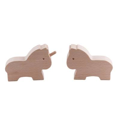 le-cheval-et-la-licorne-figurine-bois