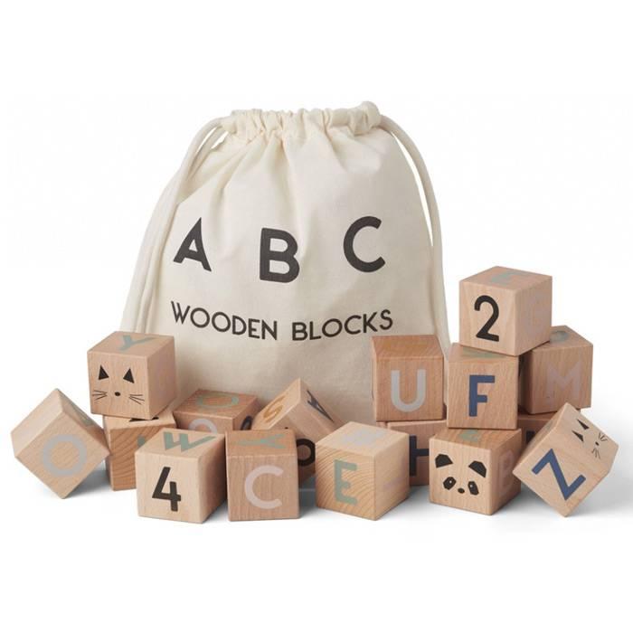 lettres-chiffres-illustrations-cubes-bois-liewood