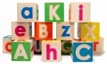 Joli-cubes-de-bois-construction-lettres-alphabet
