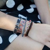 Tatouage-bracelet-tulipe-dottinghill