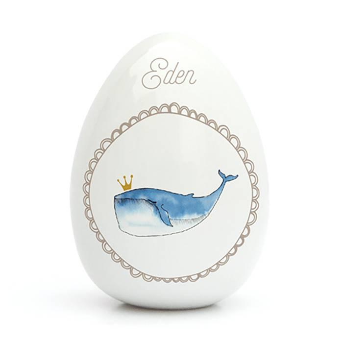 oeuf-en-porcelaine-super-jolie-par-gaelle-duval-motif-baleine-personnalisable