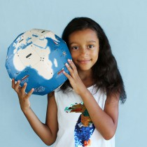 globe-terrestre-pirouette-cacahuete-carton