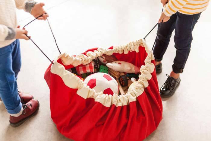 grand-sac-rouge-facile-ranger-jouet-playgo