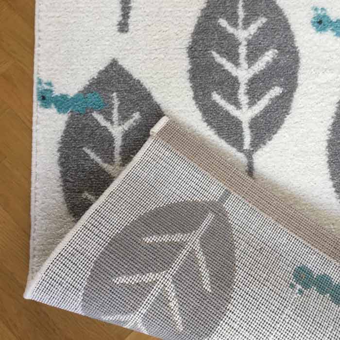 Grand-tapis-chambre-enfant-feuilles