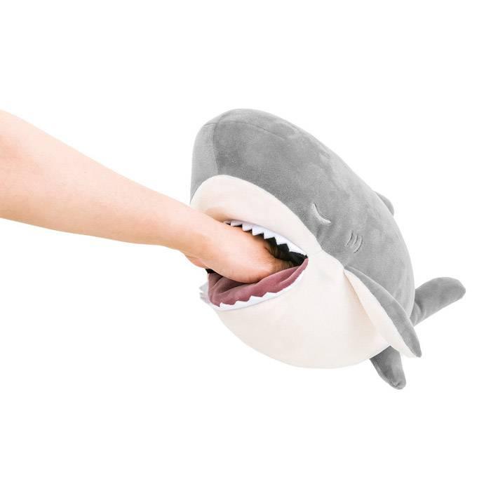 peluche-requin-enfant-nemu-nemu