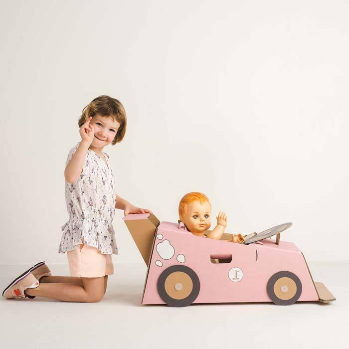 jeu-de-fille-jeu-mixte-carton-voiture-rose