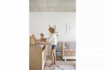 Lit-barreau-enfant-chambre-bois-clair