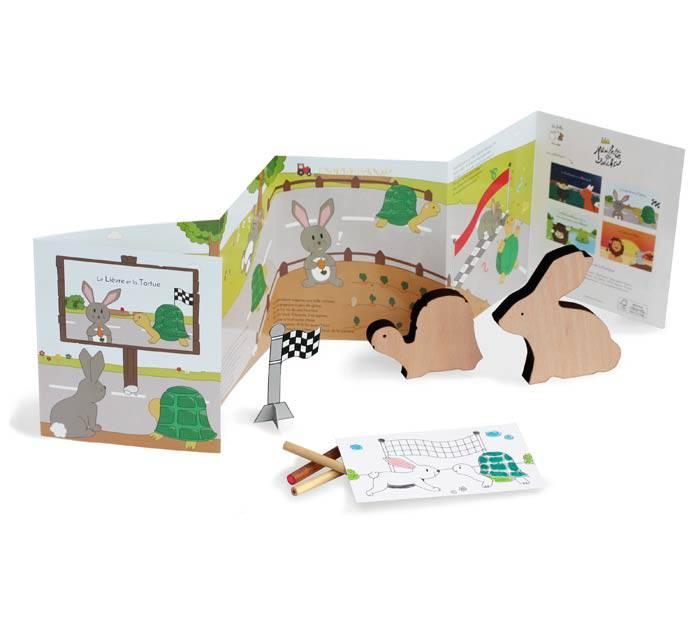coffret-fable-lievre-tortue-livre-jouet-bois