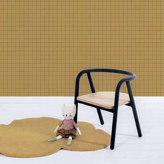 grille-noire-fond-moutarde-papier-peint-tendance