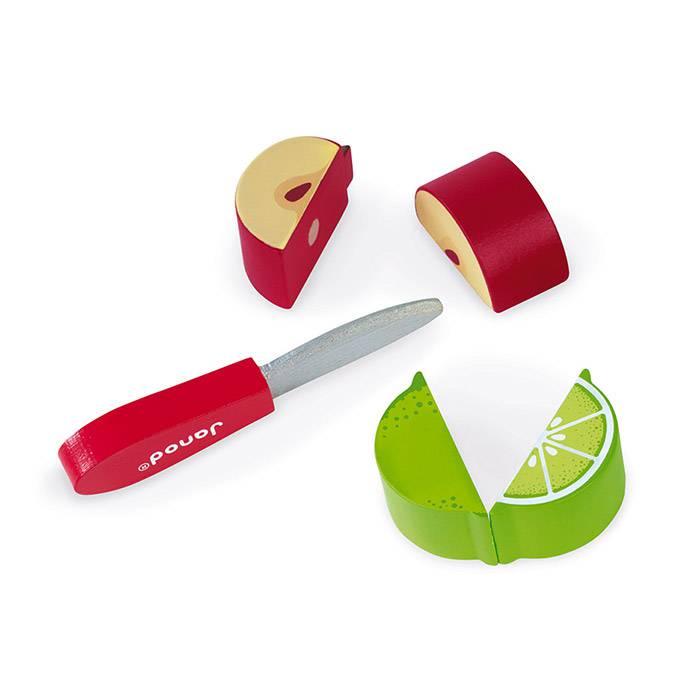 legumes-a-decouper-avec-un-couteau-en-bois