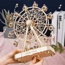 maquette-grande-roue-qui-tourne-en-musique