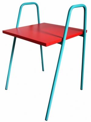 Table-activite-enfant-rouge-turquoise