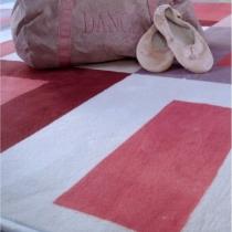 tapis-chambre-enfant-rose-chiffres