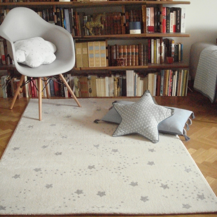 tapis chambre de b b constellation gris. Black Bedroom Furniture Sets. Home Design Ideas
