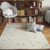 Tapis-constellation-etoiles-gris-art-for-kids