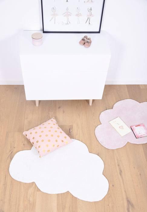 Chambre-enfant-joli-tapis-lilipinso-nuage-blanc