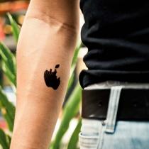 Tatouage-non-toxique-pomme