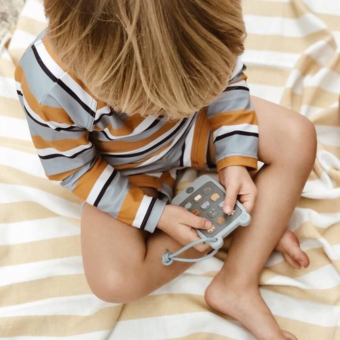 anneau-de-dentition-jouet-telephone-enfant