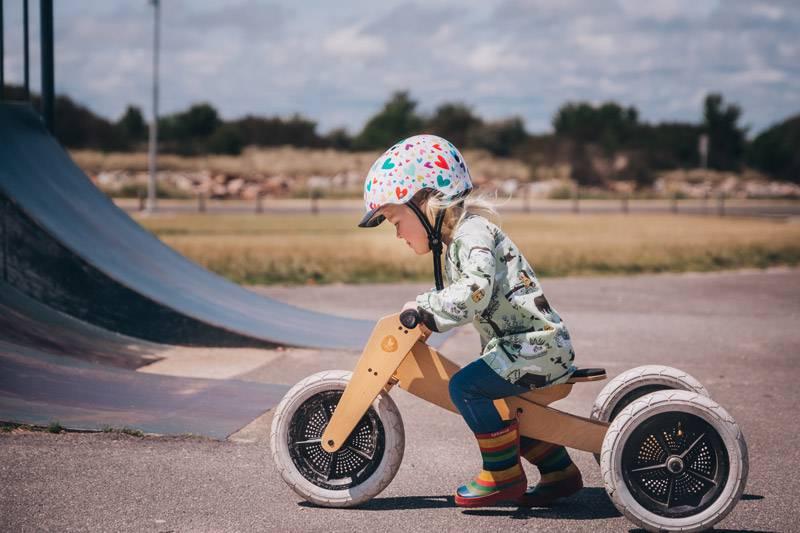 wishbone-tricycle-draisienne-en-bois