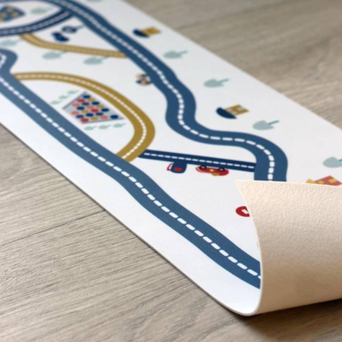 le-tapis-circuit-de-voiture-artforkids-vinyle