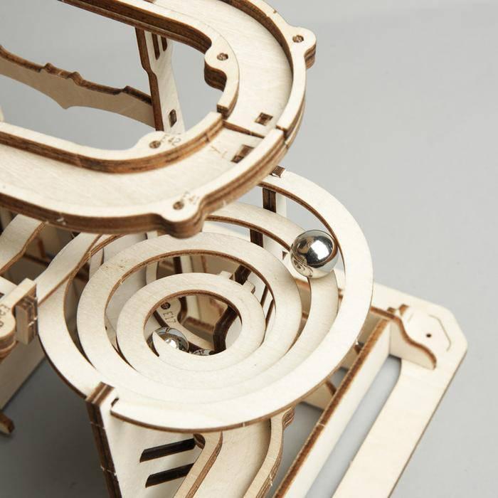 zomm-spirale-parcours-billes-robotime